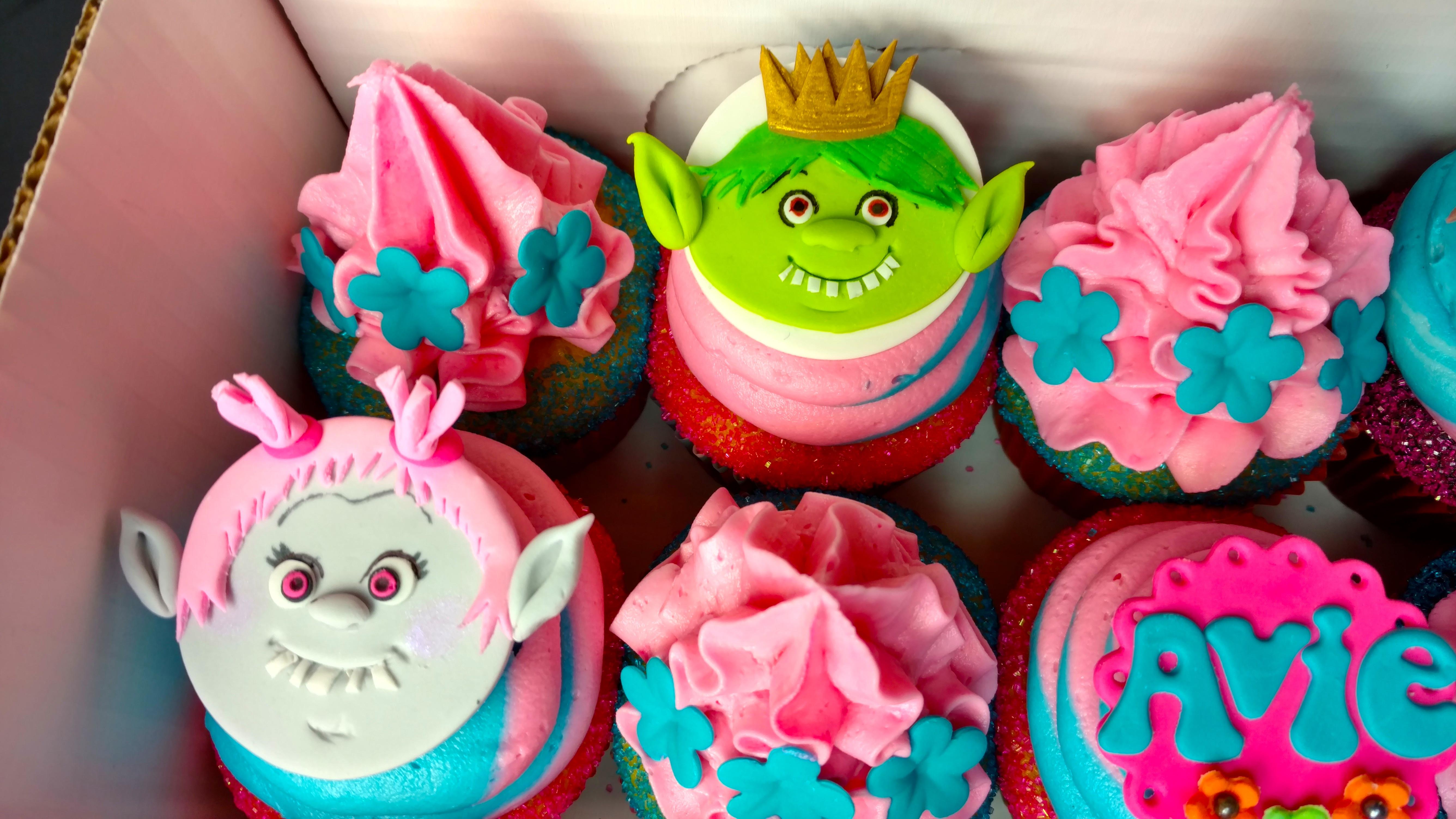 Avie's Trolls Cupcakes