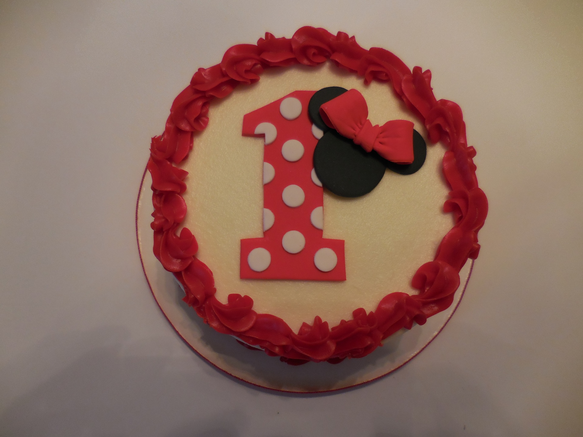 Addie's Minnie Mouse Smash Cake