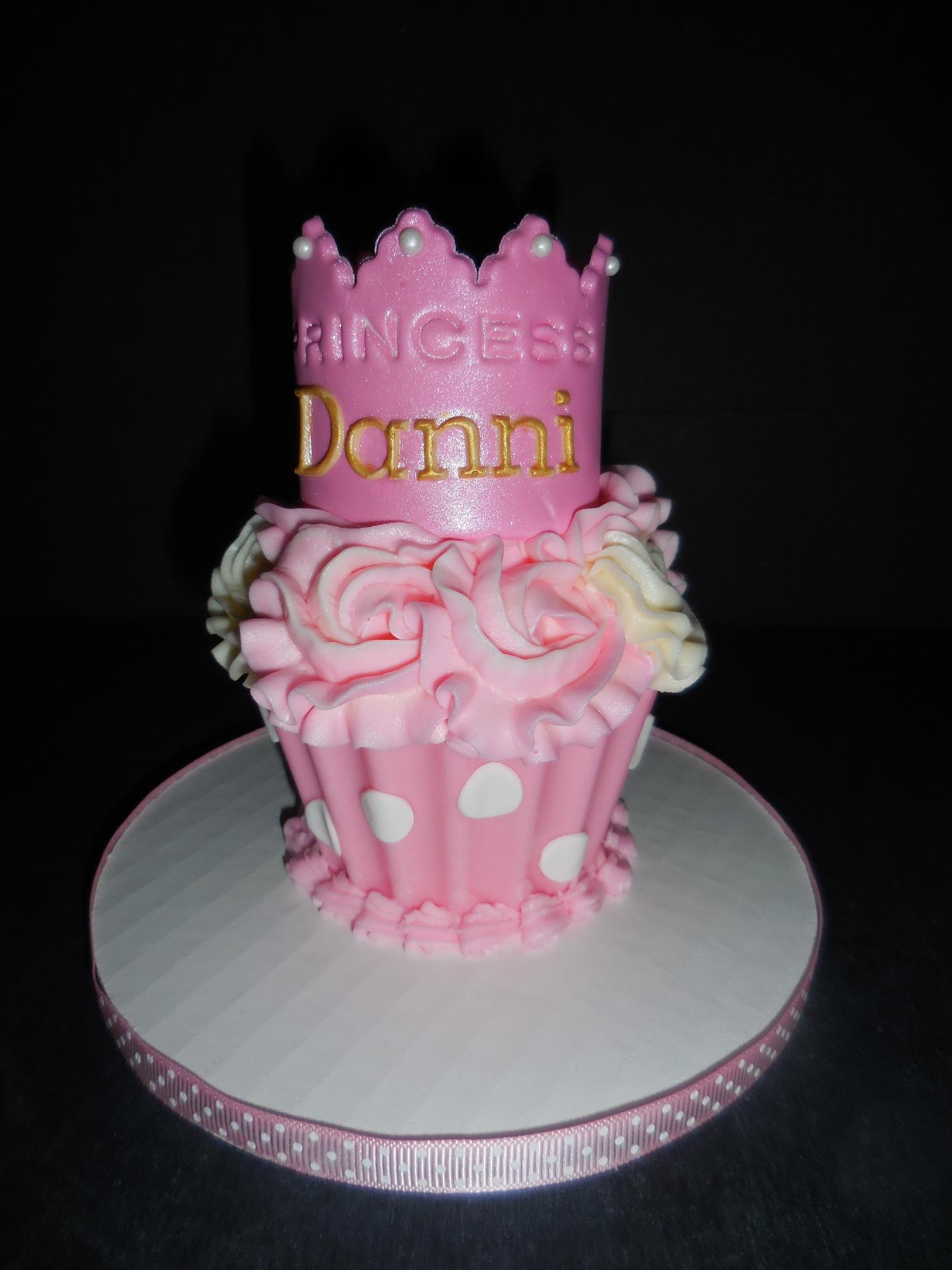 Danni's Princess Cupcake Smash Cake