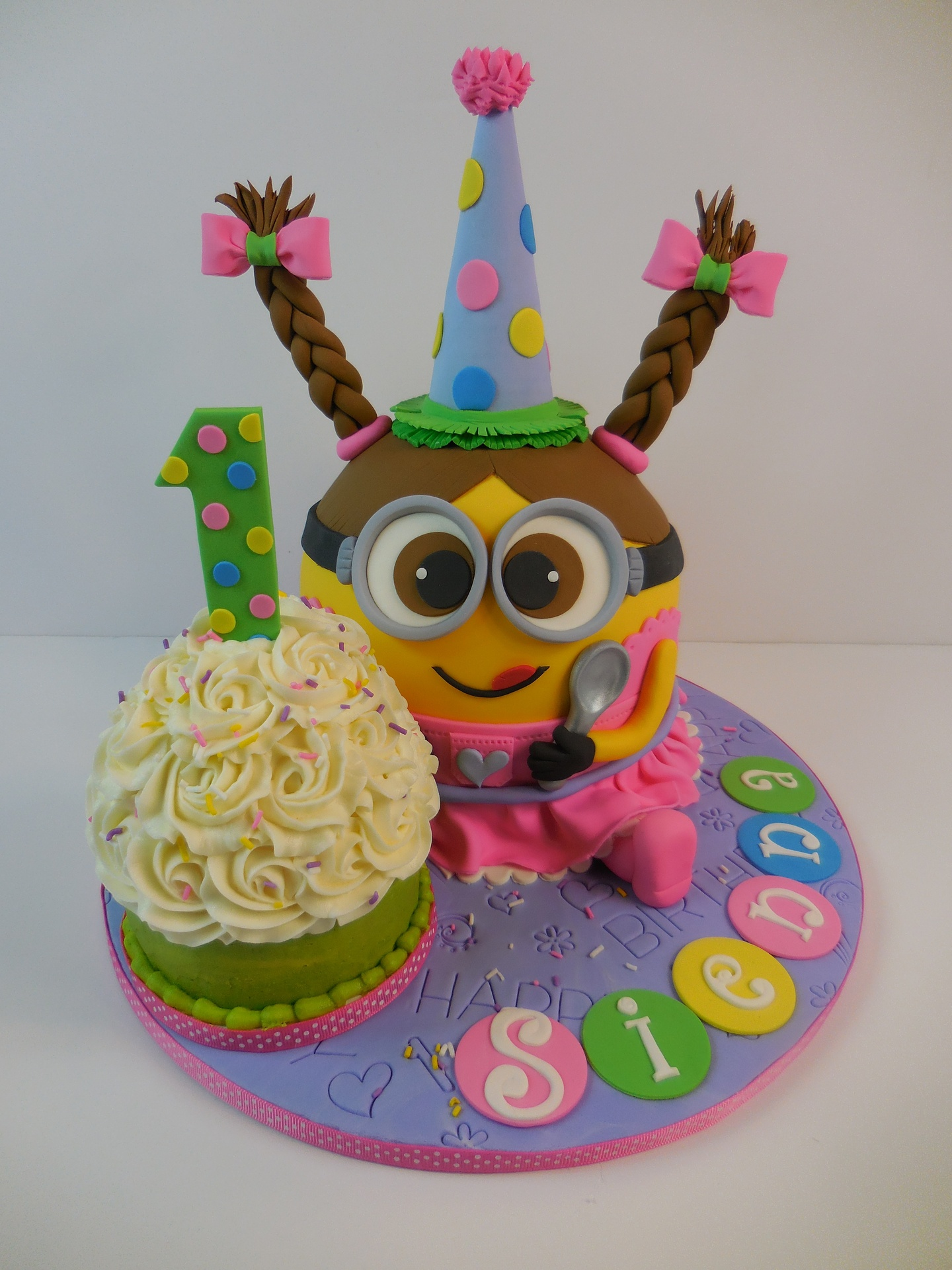 Siennas Minion Girl with Cupcake 1st Birthday