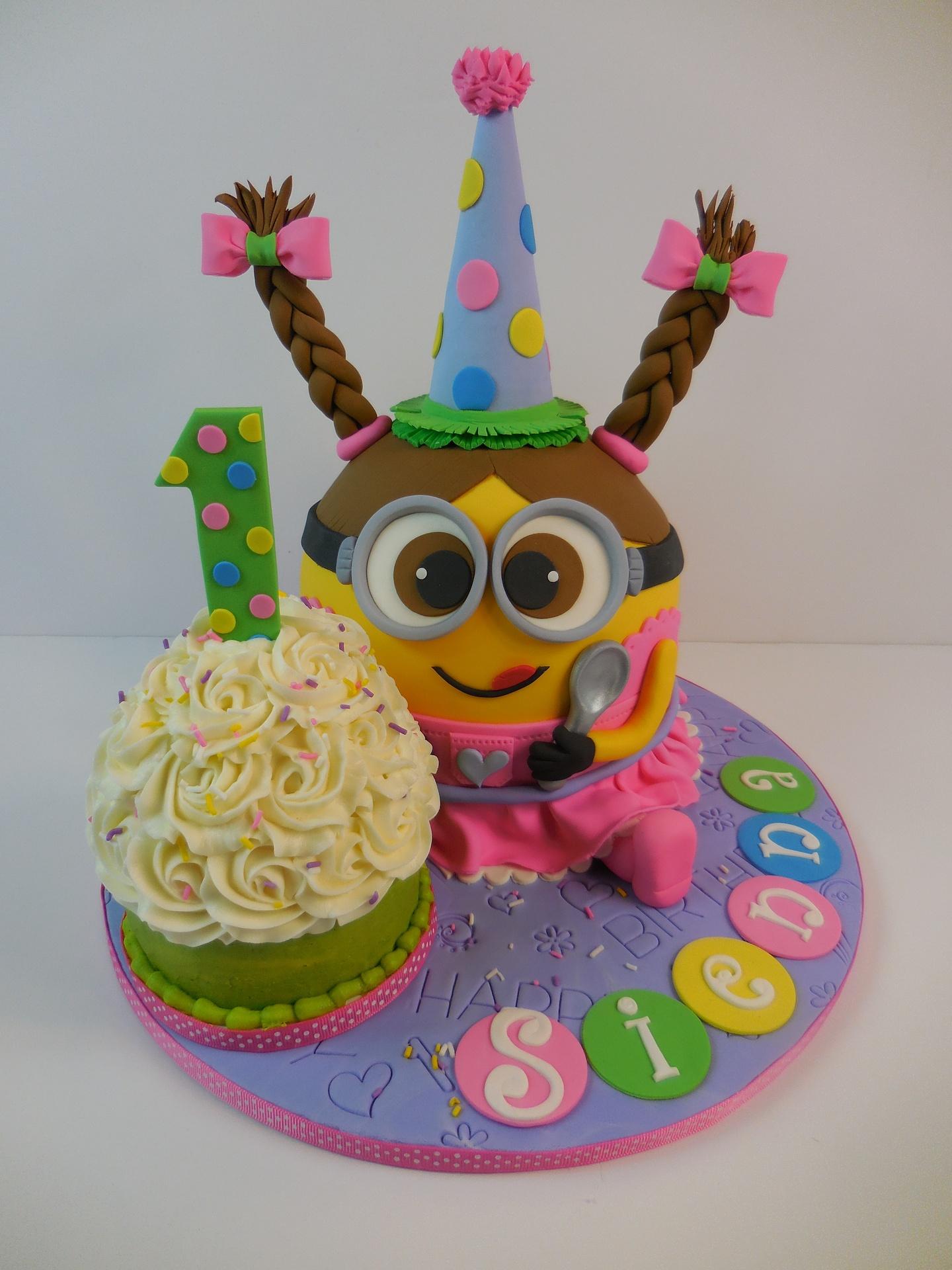 Siennas Minion Girl With Cupcake 1st Birthday