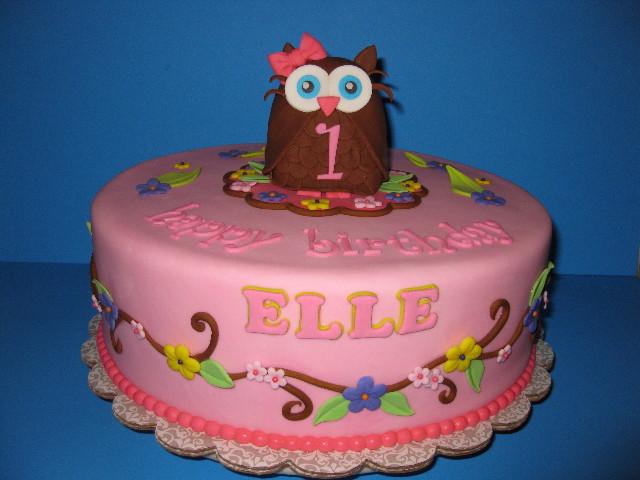Elles Owl Themed 1st Birthday Cake