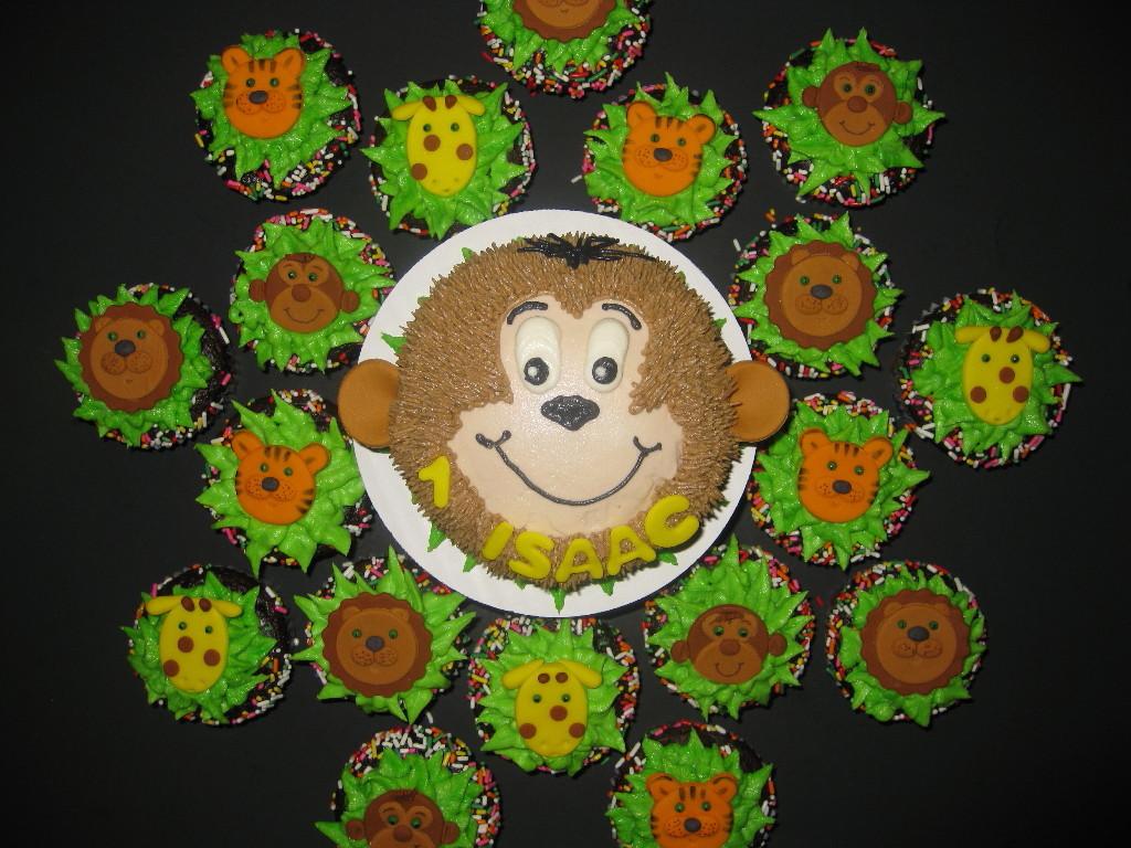 Isaac's Zoo Animal Cupcakes and Smash Cake