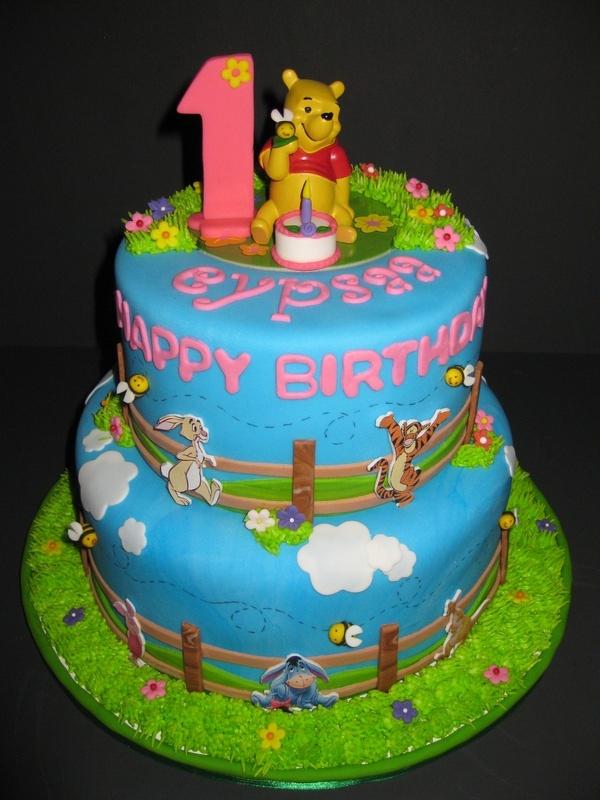 Eypsaa's Winnie the Pooh Birthday Cake