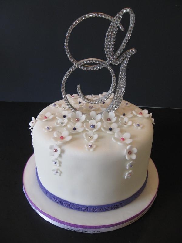 Lynsey & Boomer's Wedding Cake