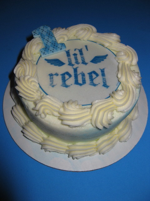 Gio's Lil' Rebel Smash Cake