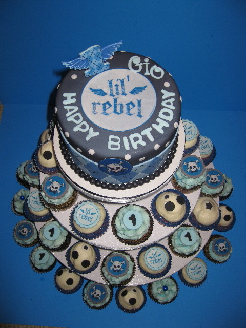 Giovanni's Lil' Rebel Cake & Cupcake Tower