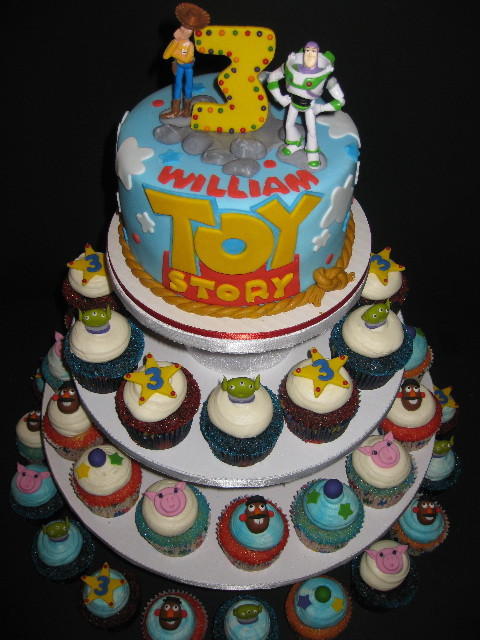 William S Toy Story Cake Amp Cupcakes