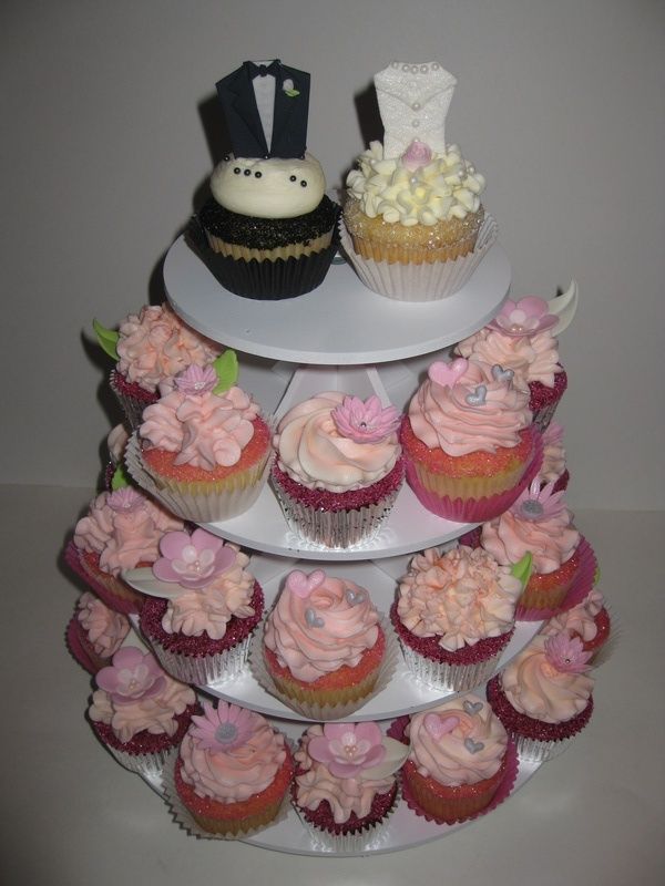 Heather & Rob's Bridal Shower Cupcakes