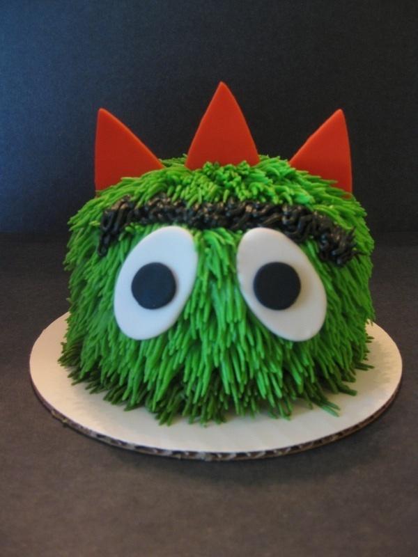 Sophia's Yo Gabba Gabba Smash Cake