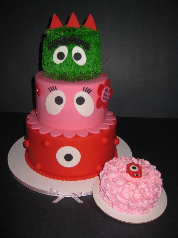 Bella's Yo Gabba Gabba Cake & Smash Cake