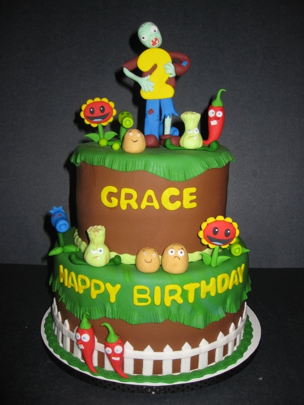 Grace's Plants vs Zombies Cake