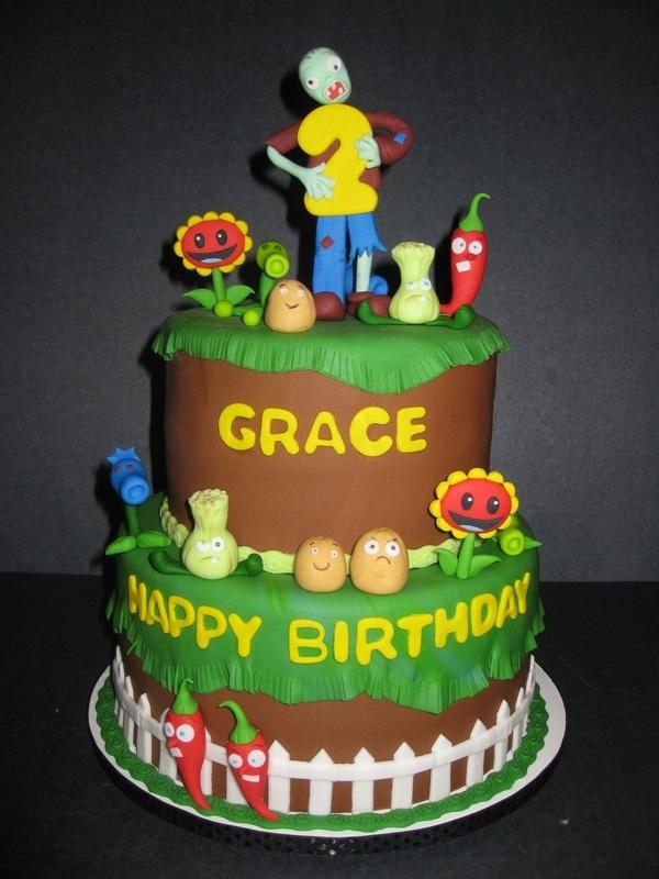 Grace's Plants vs Zombies Cake