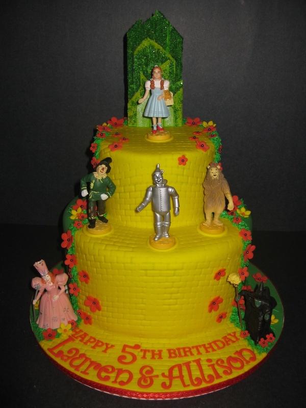 Lauren & Allison's Wizard of Oz Cake