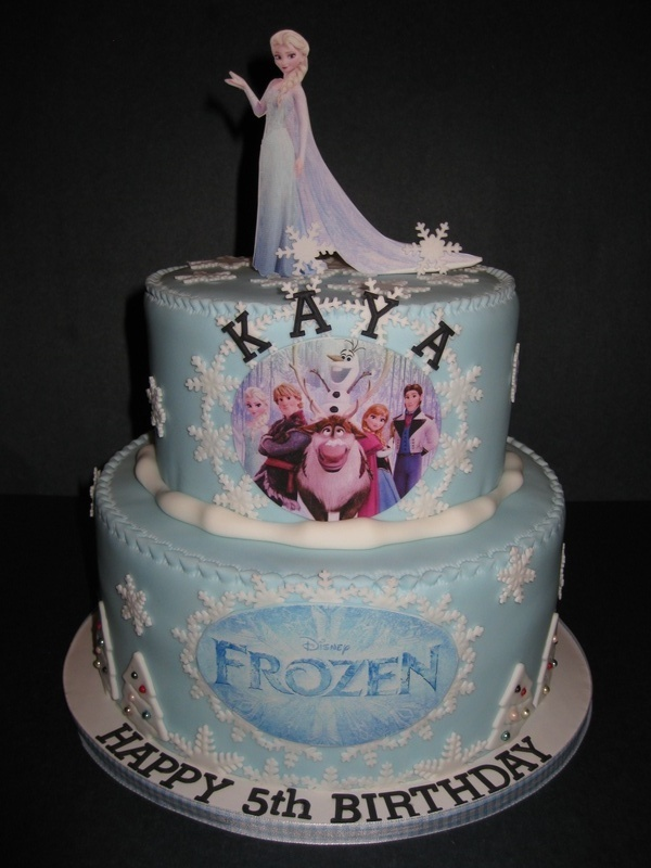 Kaya's Disneys' Frozen Cake